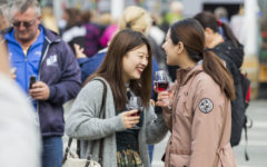 A large number of foreign guests visited the National Wine Day